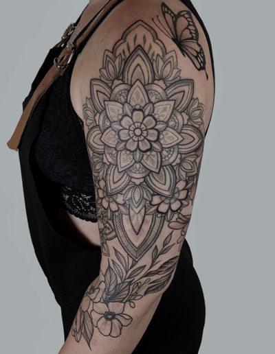 Tattoo op bovenarm