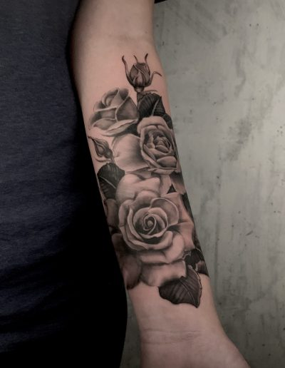 Rozen-tattoo-op-arm
